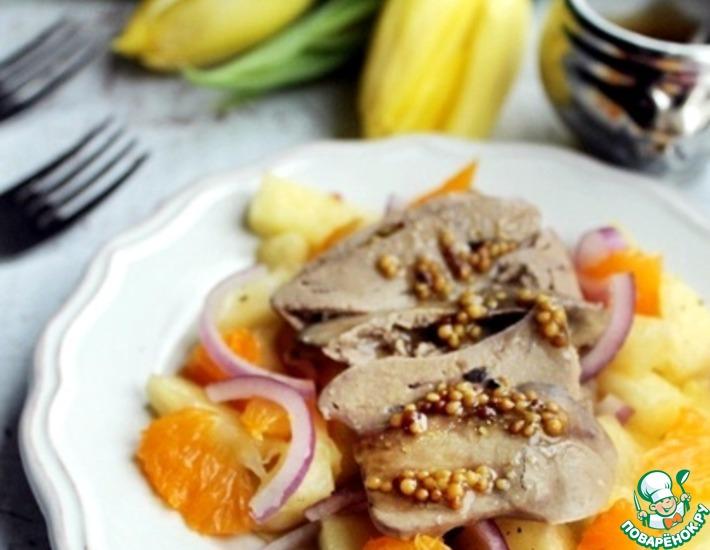 Рецепт: Салат с куриной печенью и фруктами