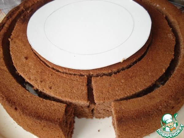 """Торт """"Праздничный"""" с вертикальными полосками"""