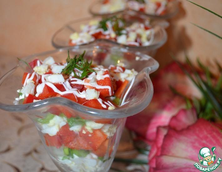 Рецепт: Салат с болгарским перцем и яйцом