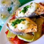 Запеченая рыба с ореховым соусом
