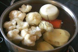 Суп из морского коктейля – кулинарный рецепт