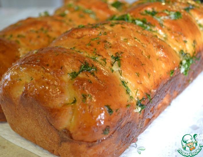 Рецепт: Ароматная булка под чесночным соусом