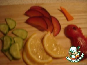cut the cucumber,lemon,plum,bell pepper,carrot beak