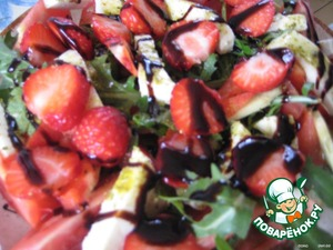 Add sliced strawberries and optional - balsamic vinegar or sauce.   Bon appetit!