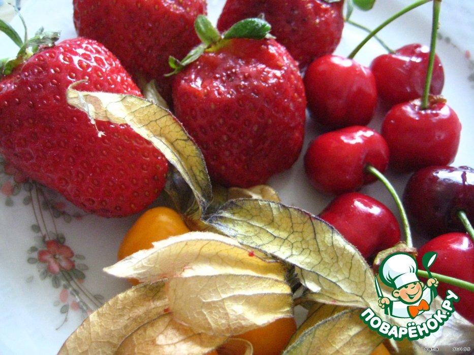 Свежие   фрукты   в   шоколадном   фондю