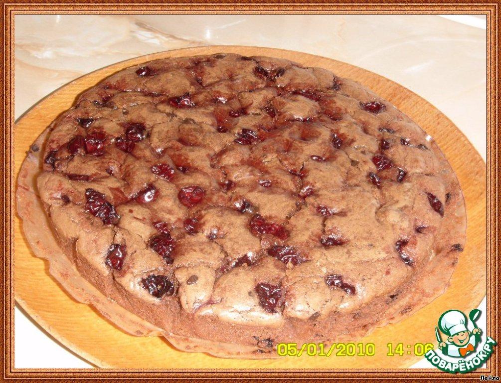 Шоколадный тарт с вишней
