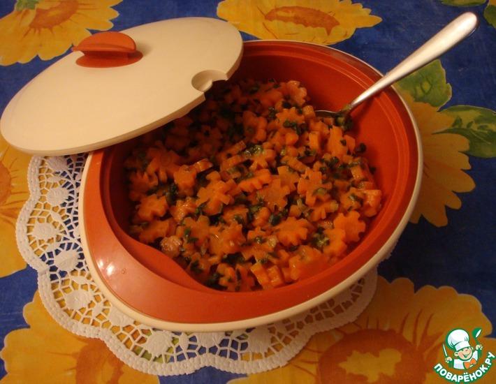 Рецепт: Тушеная морковь с зеленым луком
