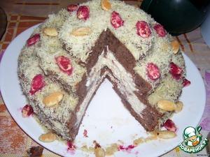 Немного желатин подвел, некачественный попался, а так торт получился очень вкусным. можно начинки делать разные, на ваш вкус. клубнику или бананы залить кремом, заварным или сметанным, можно творожную начинку сделать, в общем как вам фантазия подскажет...