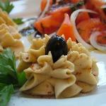 Хумус с помидорами Бальзамик