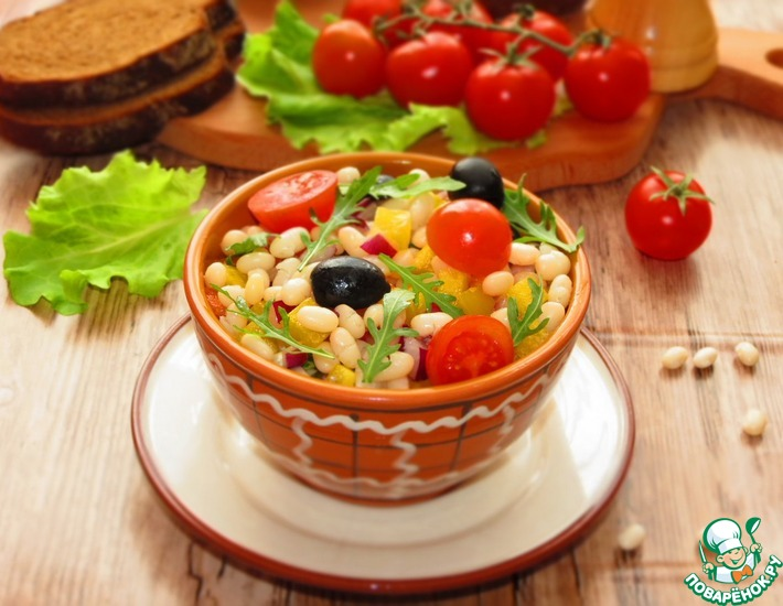 Рецепт: Салат из белой фасоли и овощей