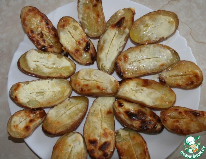 Рецепт: Запеченный картофель со сметаной