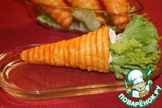 Рецепт: Закусочное пирожное Морковка с кремом аля дзадзики (цацики)