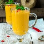 Суп пюре из фасоли и моркови с красным перцем