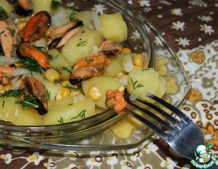 Рецепт: Салат с мидиями