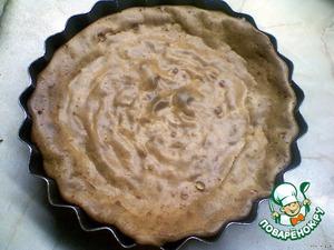 Разогреть духовку до 180 градусов, поместить туда форму с массой и выпекать 50 минут (не открывать духовку).    Через 50 минут выключить духовку и оставить там форму с готовым десертом ещё на 1 час.