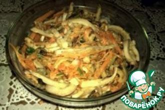 Рецепт: Салат с кальмарами и морковью по-корейски
