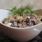 Салат фасолевый с куриными сердечками