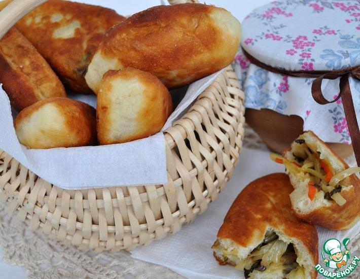 Рецепт: Пирожки с папоротником и капустой по-камчатски