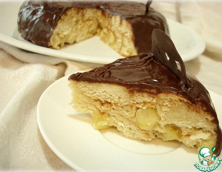 Рецепт: Торт из кулича с карамельными яблоками