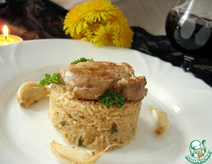 Рецепт: Свинина с рисом и ароматом чеснока