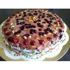 Арахисовый торт с ягодно-ореховой начинкой