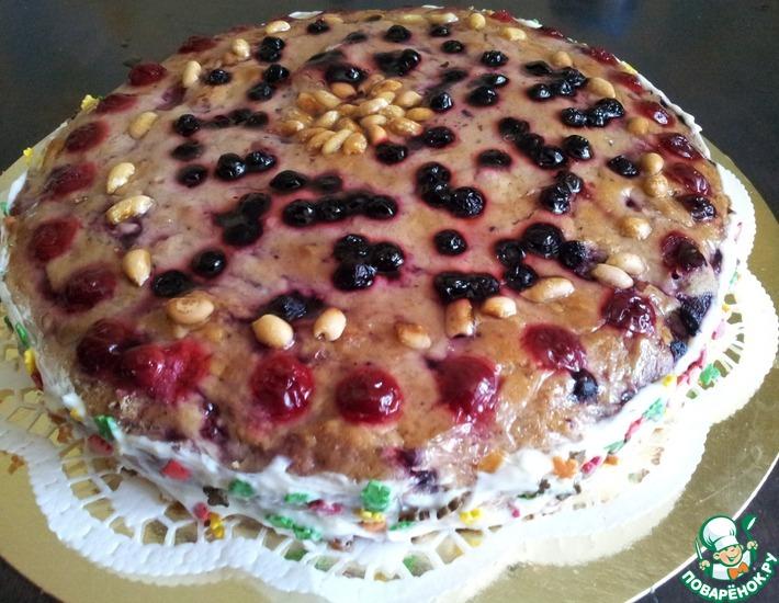 Рецепт: Арахисовый торт с ягодно-ореховой начинкой