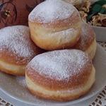Польские пончики с вареньем