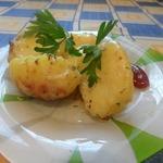 Картофель в чесночно-сырном соусе