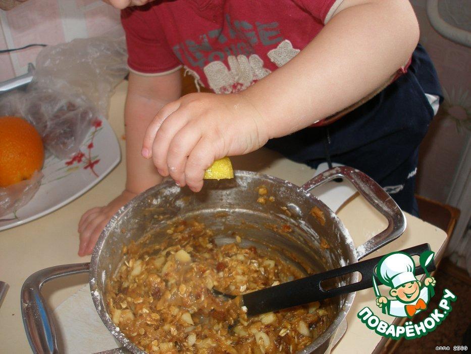 Печенье-мюсли с финиками и яблоками