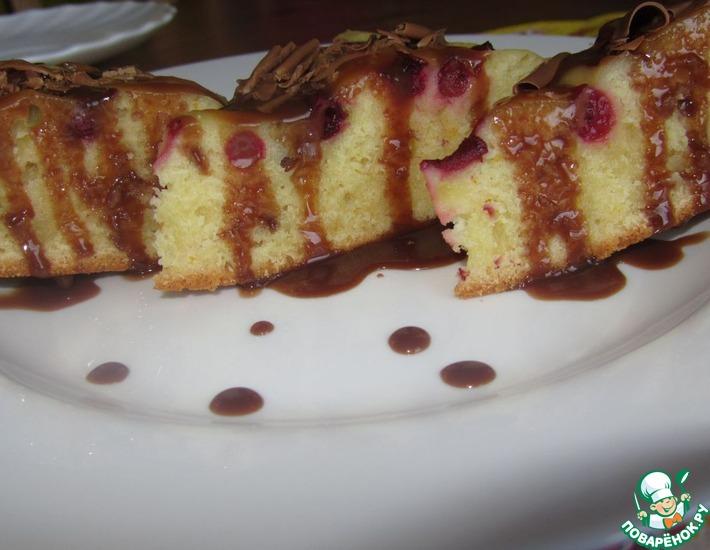 Рецепт: Апельсиновый бисквит с ягодами в МультиВарке