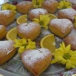Кексы на апельсиновом соке с вишней