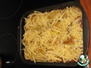 через 15 минут достаем и посыпаем тертым сыром,     ставим еще на 5-7 минут