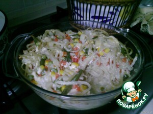 Beat the eggs with the milk as for scrambled eggs, pour the casserole and place in the oven for another 15 minutes. The meat turns out very tender with a taste of onion.