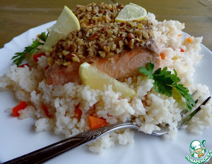 Рецепт: Лосось в ореховой корочке с рисом и овощами в мультиварке (пароварке)