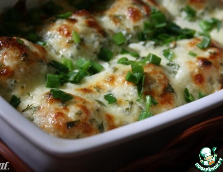 Рецепт: Куриные шарики в сливочном соусе