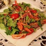 Салат с заправкой из пармезана