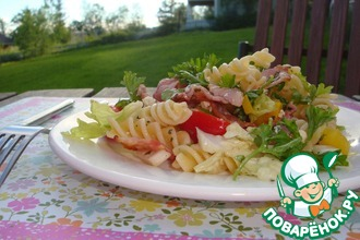 Рецепт: Салат с макаронами и беконом