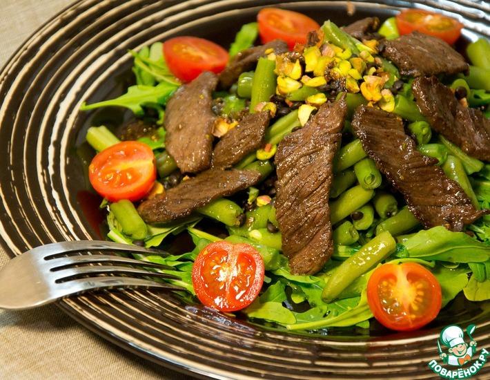 Рецепт: Теплый салат с говядиной