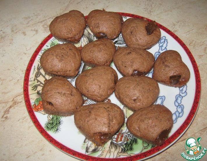 Рецепт: Шоколадные маффины с повидлом