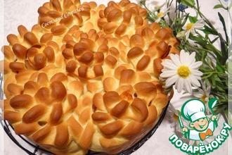 Рецепт: Пирог Цветы с беконом и сыром