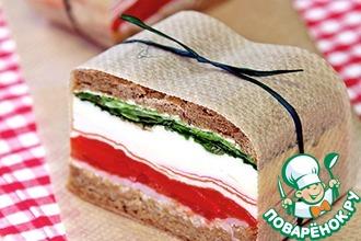 Рецепт: Прессованные сэндвичи в итальянском стиле