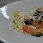 Папарделле с конкассе из томатов, с каперсами и оливками