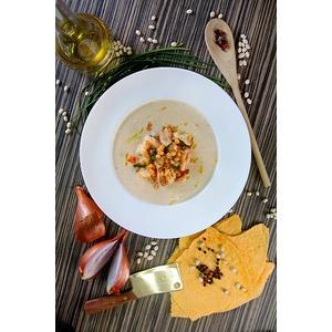 Фасолевый суп с тигровыми креветками