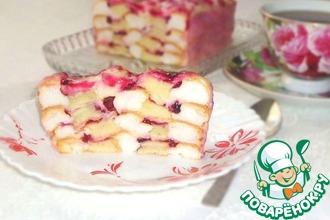 Рецепт: Австрийский бисквитный десерт с брусничным соусом