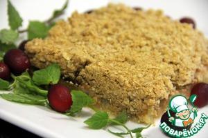 Рецепт Хрустящий яблочный пирог с брусничным соусом