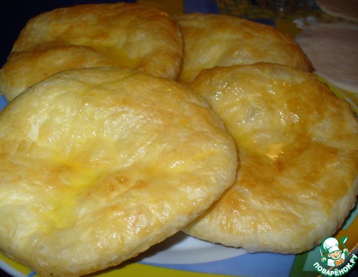 Рецепт: Хачапури из слоeного теста