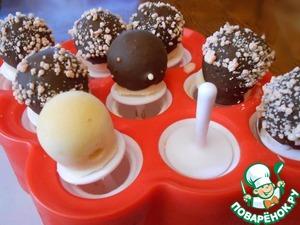 Рецепт Мороженое молочное с рикоттой, арбузным вареньем и соевым соусом и эскимо из него