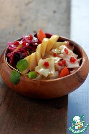 Рецепт Быстрая маринованная капуста с брусникой