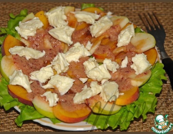 Рецепт: Закусочный салат с клюквенным соусом