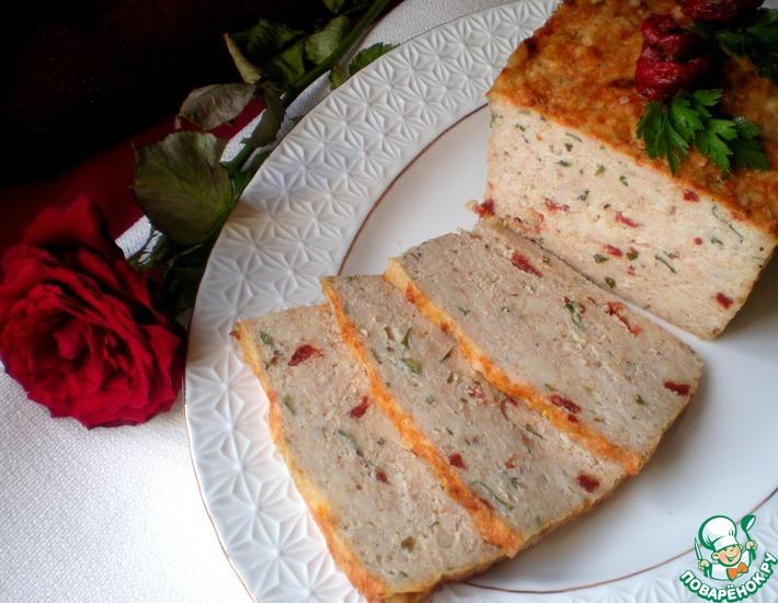 Рецепт: Мясная запеканка с сулугуни и вялеными помидорами